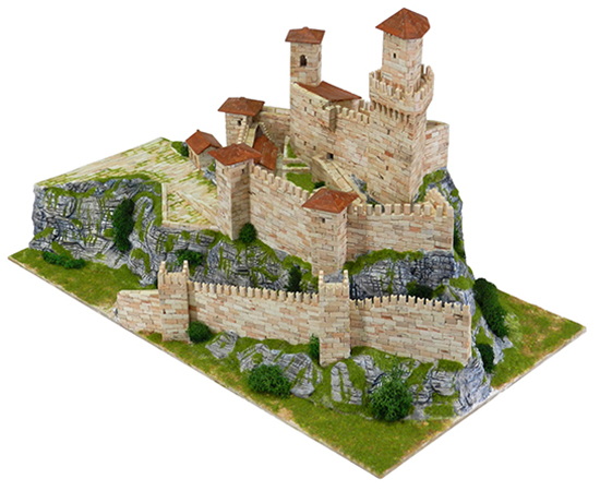 Rocca Guaita Prima torre model kit